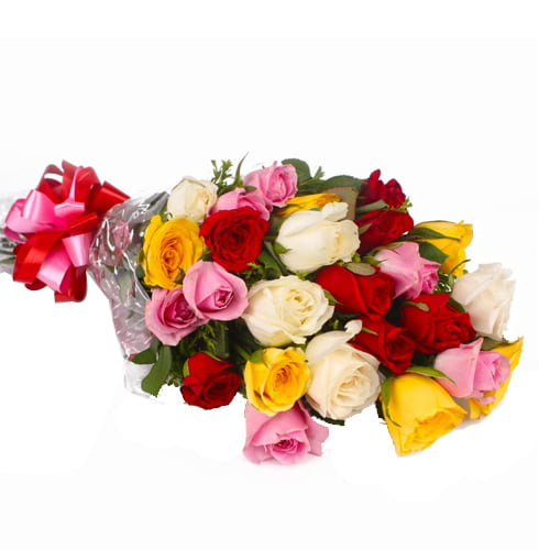 Modern 12 Mixed Roses Arrangement with Love To