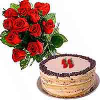 Tasty 4 Berries Cake and Flower on the Eve of Special On the Eve of Special Occasion To