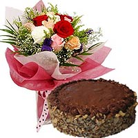Festive Lasting Memories Mixed Roses Arrangement with Chocolate Almond Cake To Kushiro