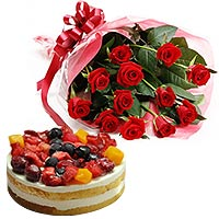 12 Roses Bouquet  with Berry Cake To