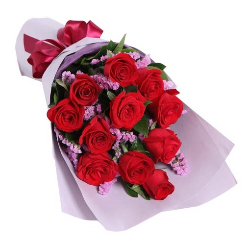 Sophisticated Love and Care 12 Red Roses Bouquet To