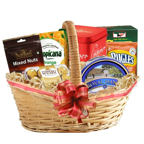 Adorable Gourmet Hamper To