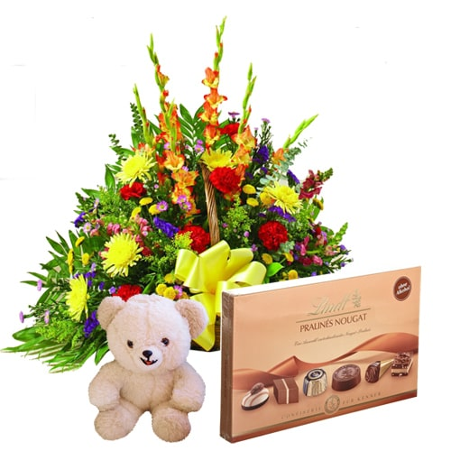 Awe-Inspiring Choco-Flora-Teddy Hamper with Style