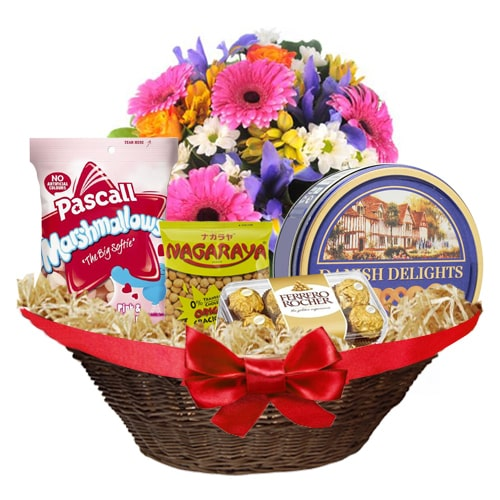 Delicious Big Chocolate Hamper To