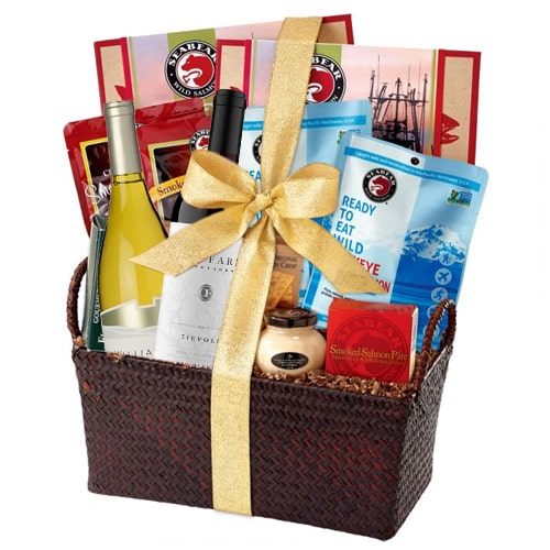 Lovable Lasting Memories Gourmet Hamper with Wine To