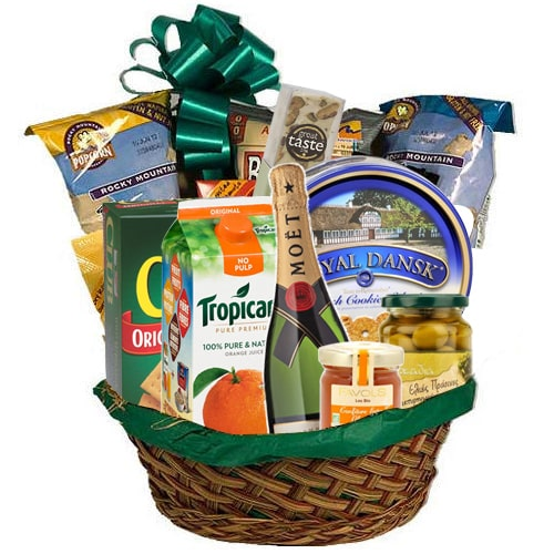 One-of-a-Kind Gift Hamper for Holiday Enjoyment To
