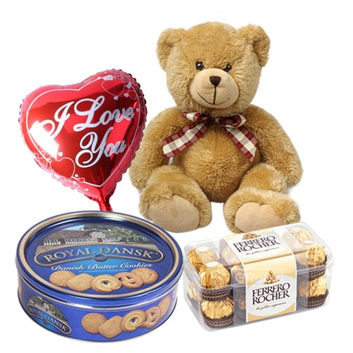 Beautiful Sweet Memories with Love Combo Gift Hamper