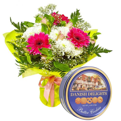 Brilliant Love Treat Mixed Flowers with Danish Cookies To