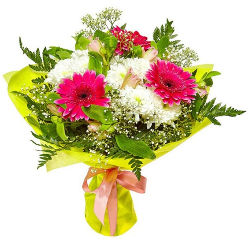 Classic Arrangement of Mixed Grandeur Flowers with Abundant Beauty